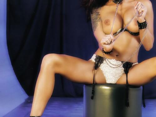 VIDEO WWE LUCHA LITA VS TRISH STRATUS QUIEN SE DESNUDA