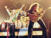Van Halen - Hammersmith Odeon - London 1978