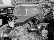 Fotos antiguas de accidentes de autos 1940