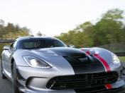 (Video) Nuevo Dodge Viper 2016 ACR | Motor Evolution