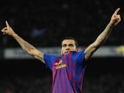 Alves despilfarra su futuro culé