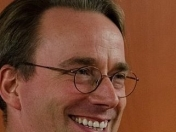 Linus Torvalds dice que systemd es mucho mejor que init