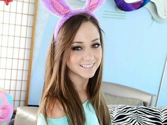 Remy lacroix hula hoop dance music video - 1 5