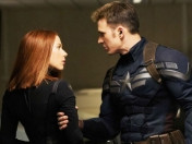Pelea Capitán América y Black Widow eliminada de Civil War